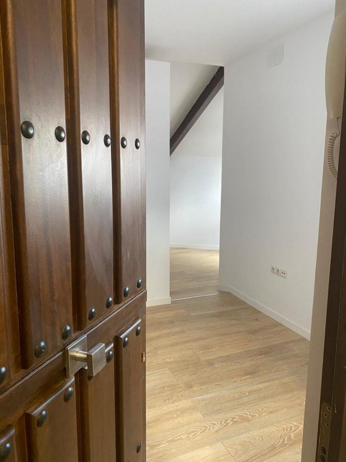 oficina en sevilla-la-nueva · pol-ind-los-perales 162000€
