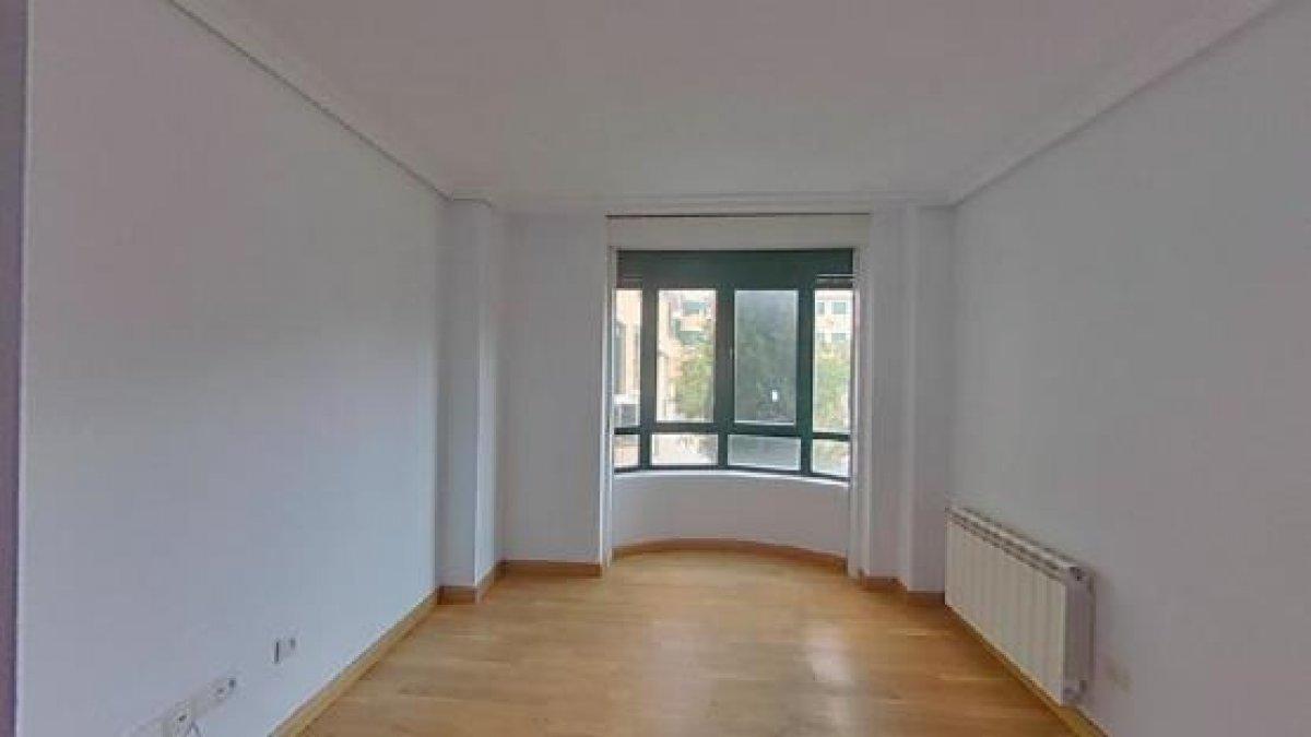 piso en san-sebastian-de-los-reyes · centro 243000€