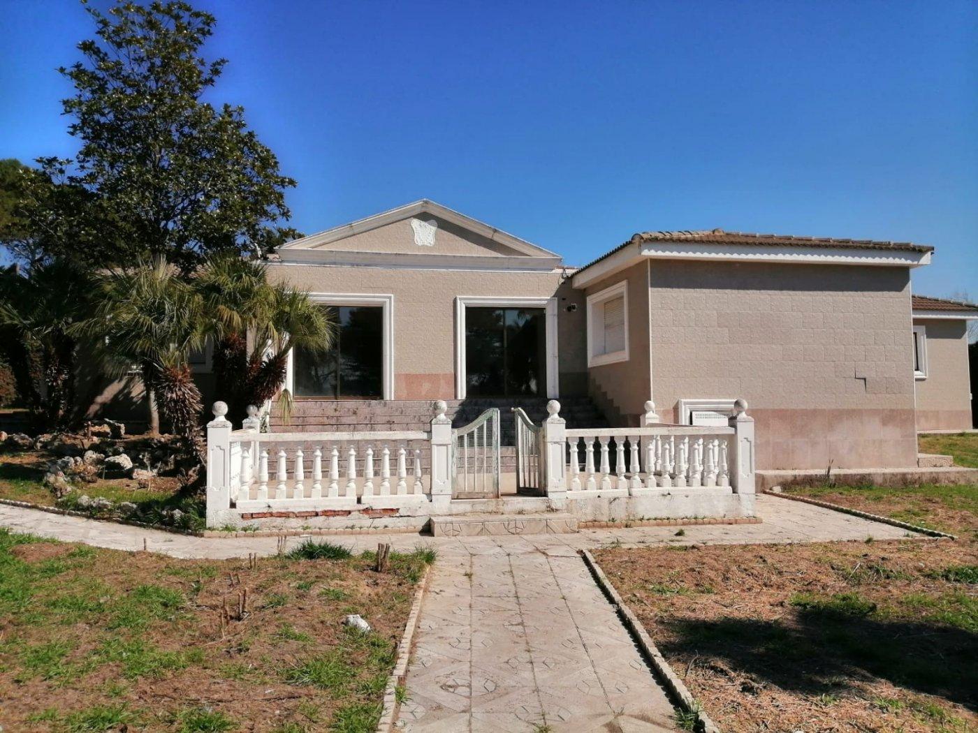 casa en boadilla-del-monte · las-lomas 850000€