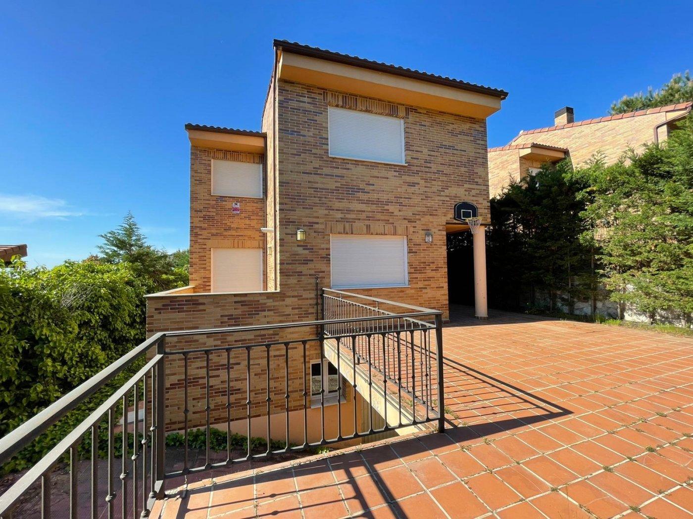 casa en torrelodones · los-penascales 581800€