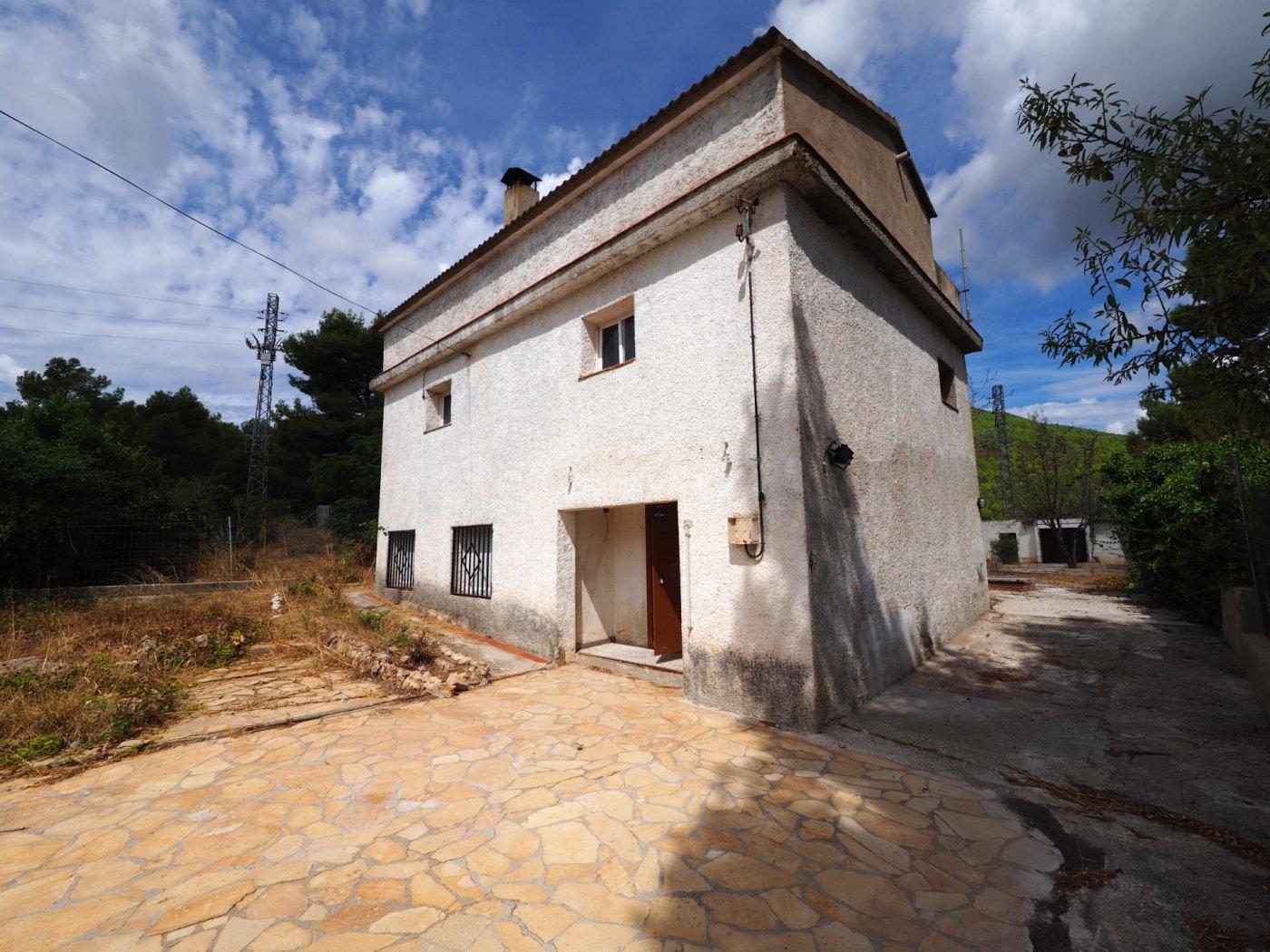 casa en torrelles-de-foix · urb-can-coral 68000€