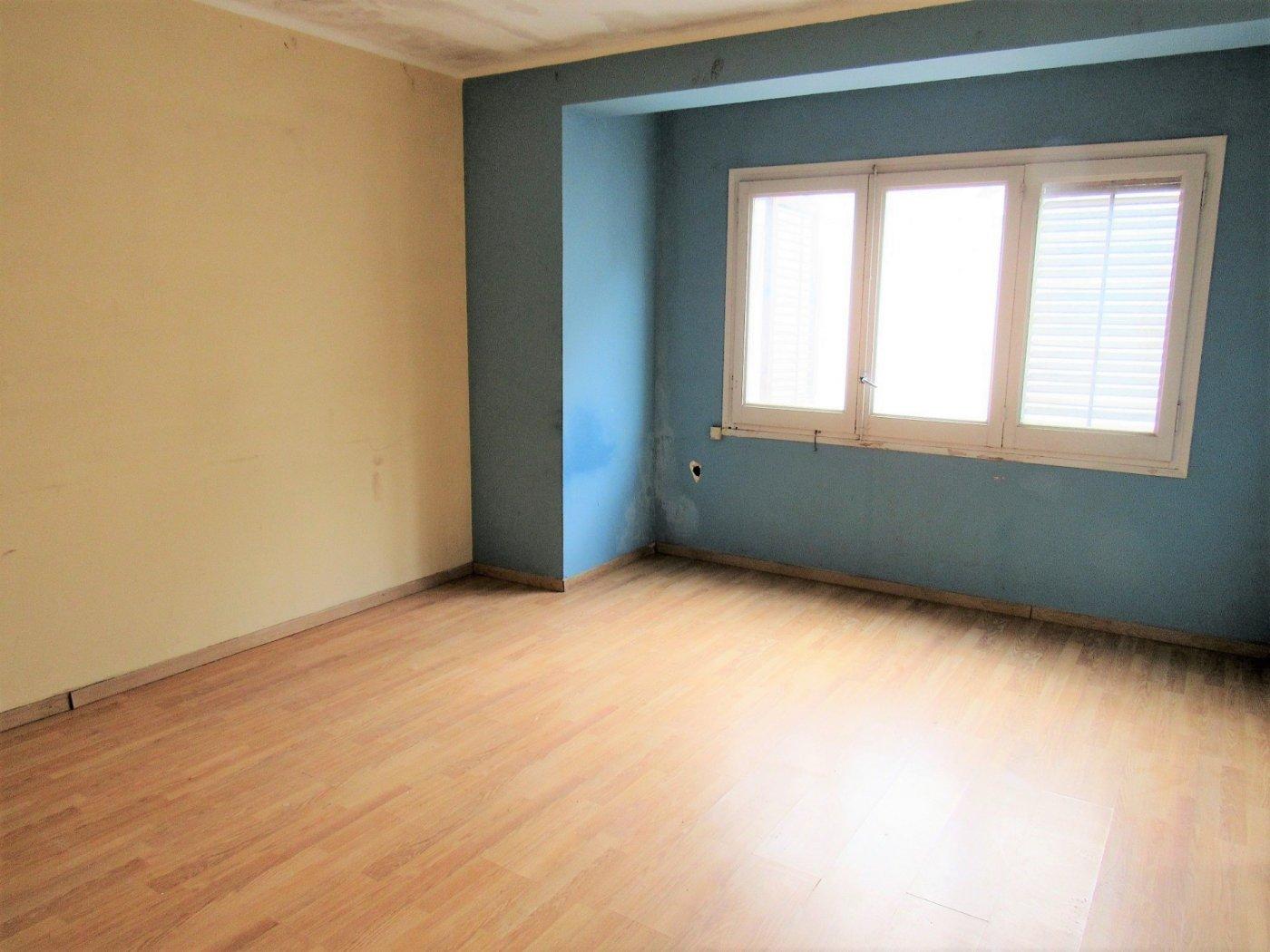 piso en arenys-de-munt · arenys-de-munt 57000€