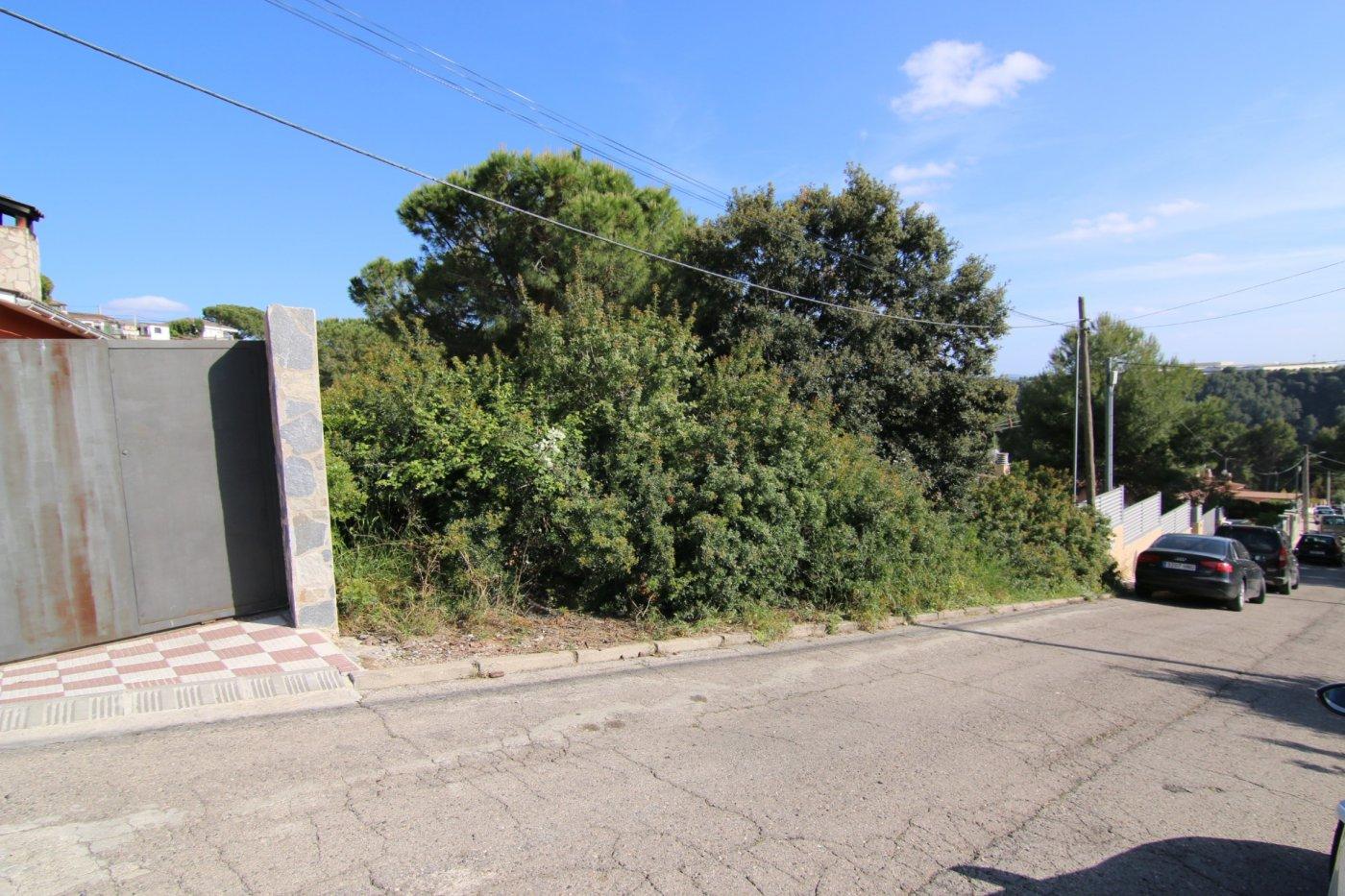 terreno-urbanizable en els-hostalets-de-pierol · serra-alta 80000€