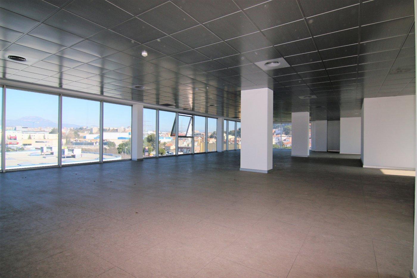 oficina en terrassa · les-fonts 213400€