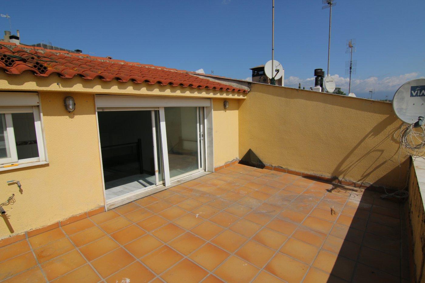 casa en la-roca-del-valles · la-torrera 320000€