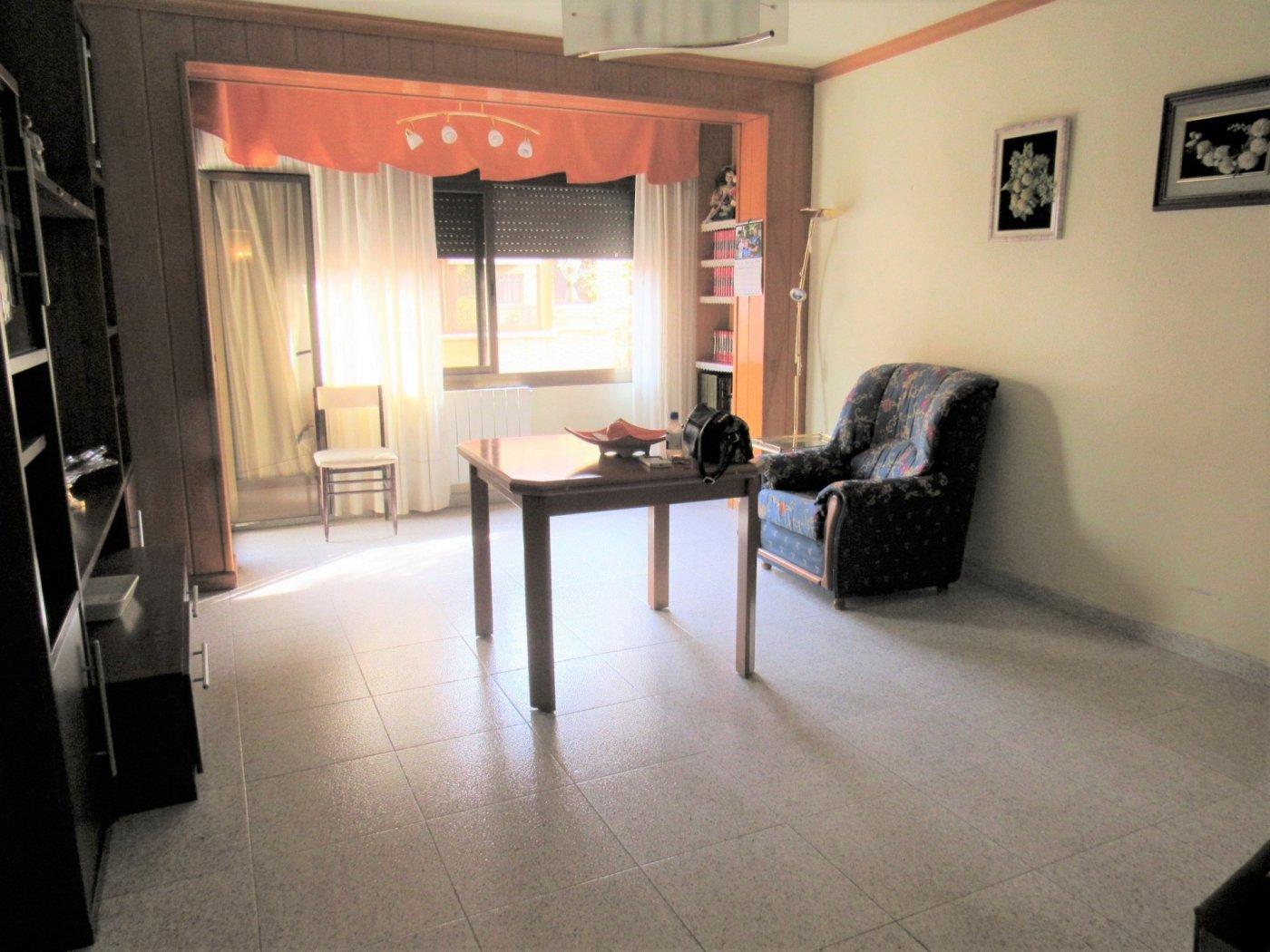 piso en terrassa · ca-n-anglada 103000€