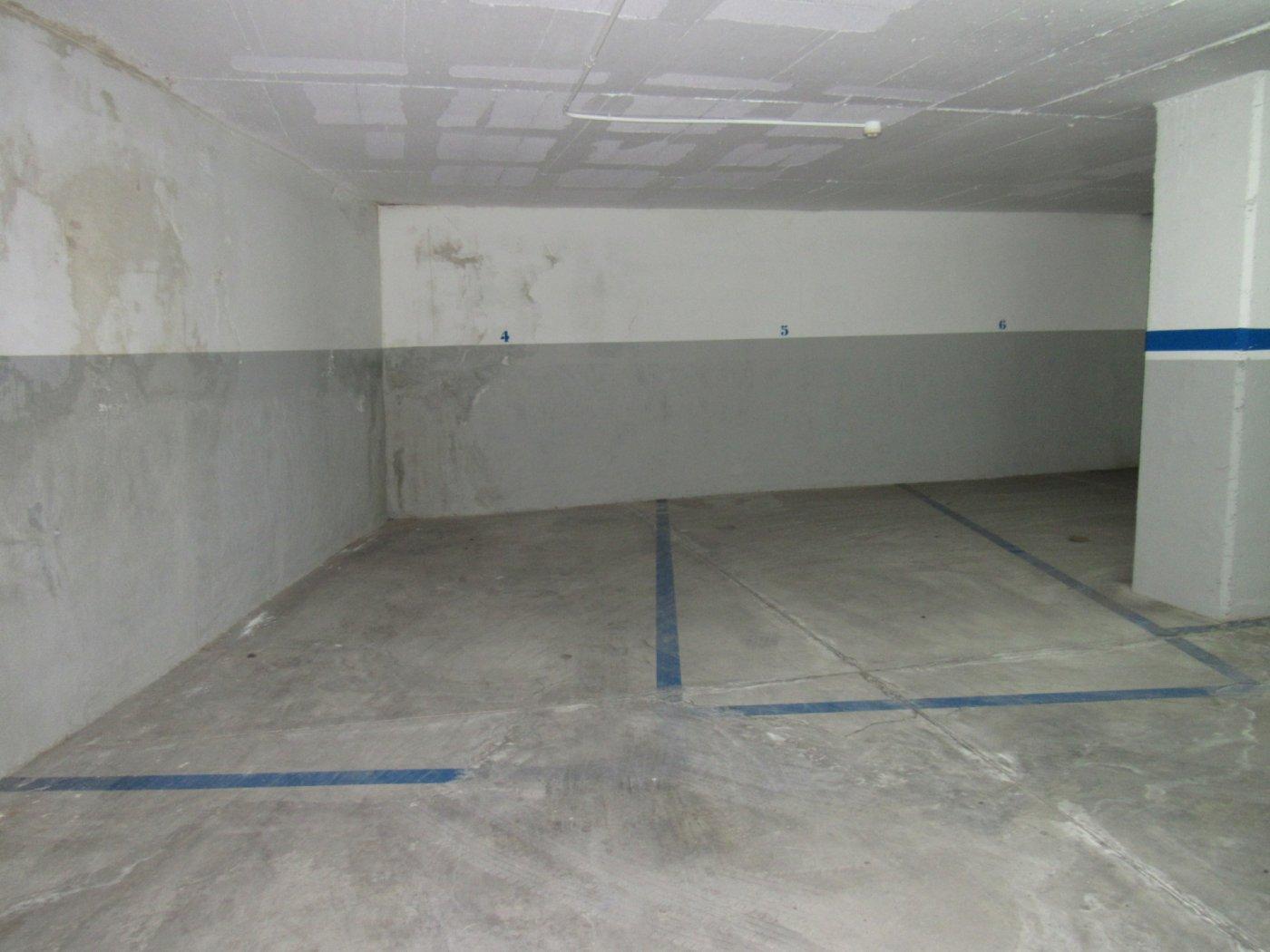 parking en esparreguera · esparraguera 9000€