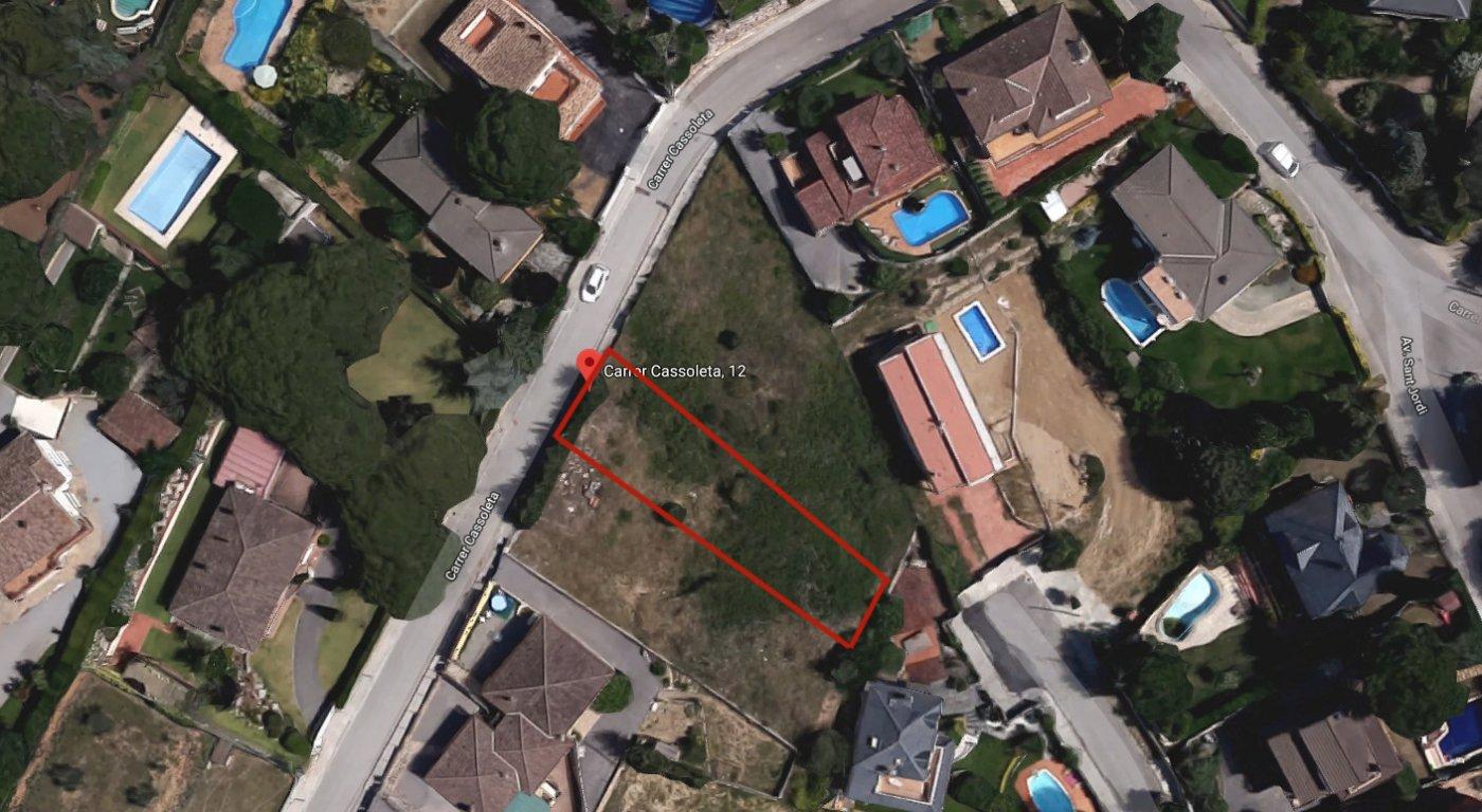 terreno-urbano en bigues-i-riells · can-barri 50500€