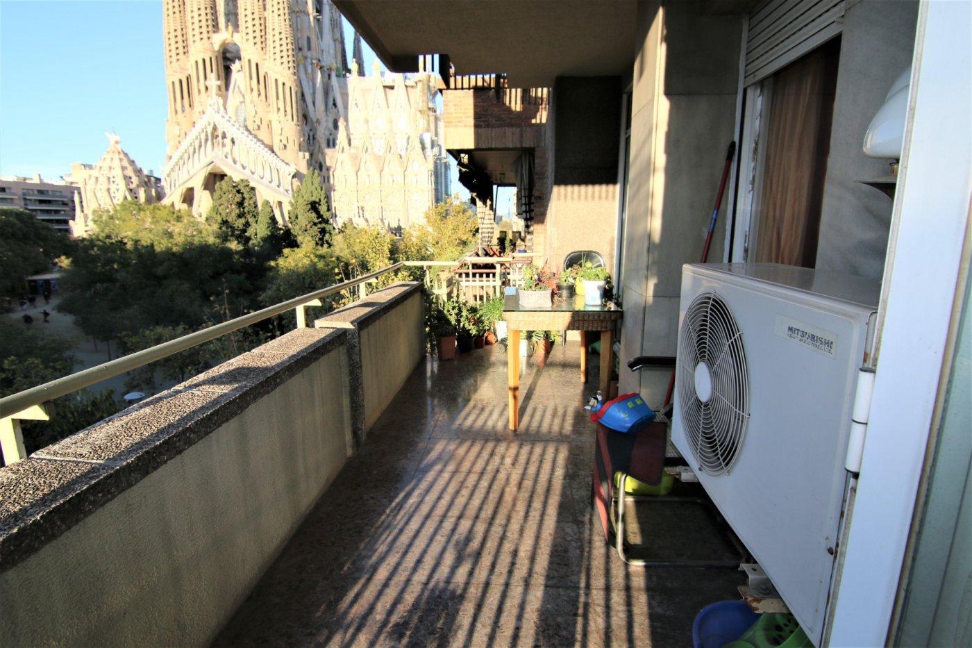 piso en barcelona · sagrada-familia 460000€