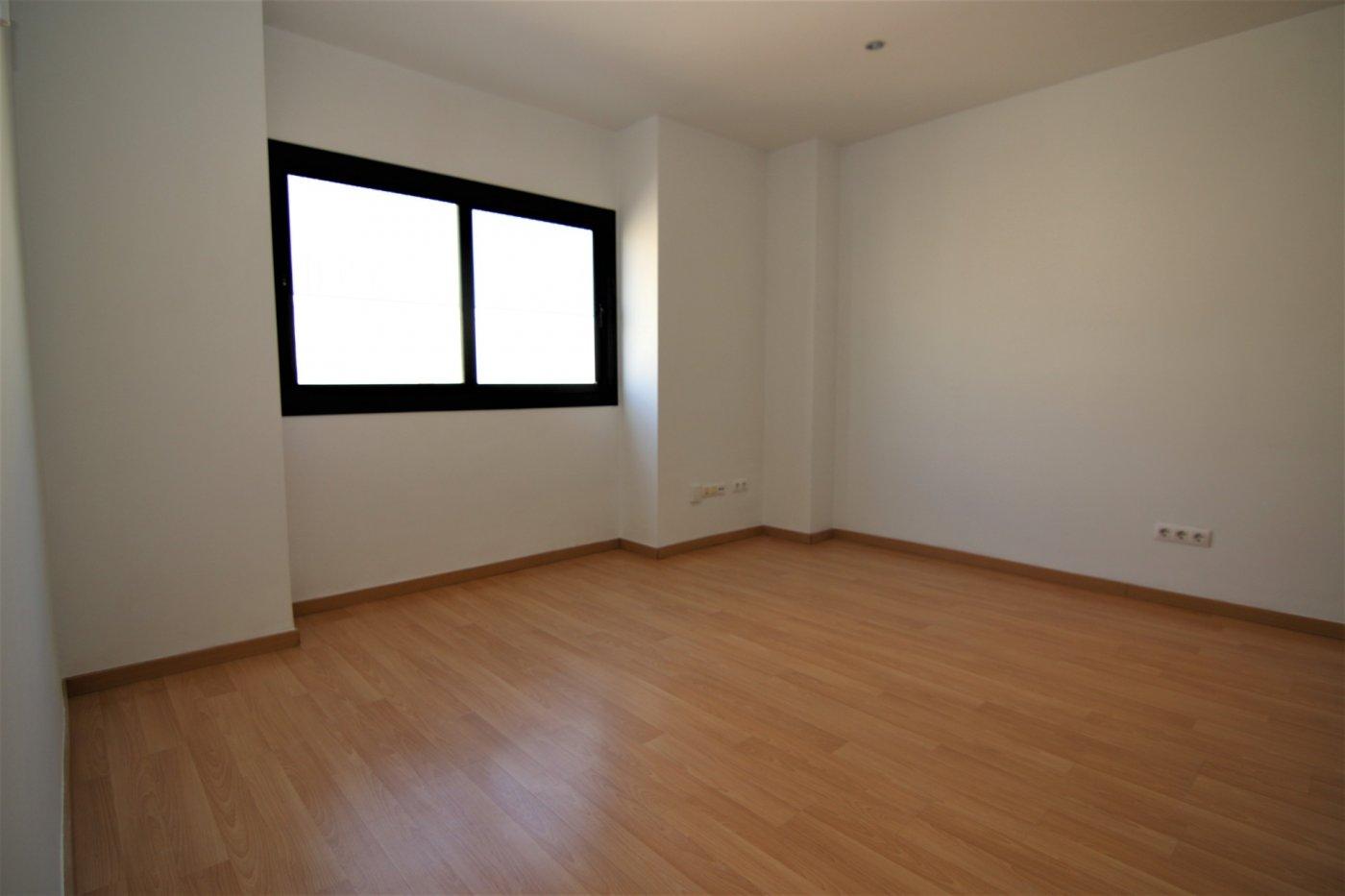 piso en terrassa · egara 65000€