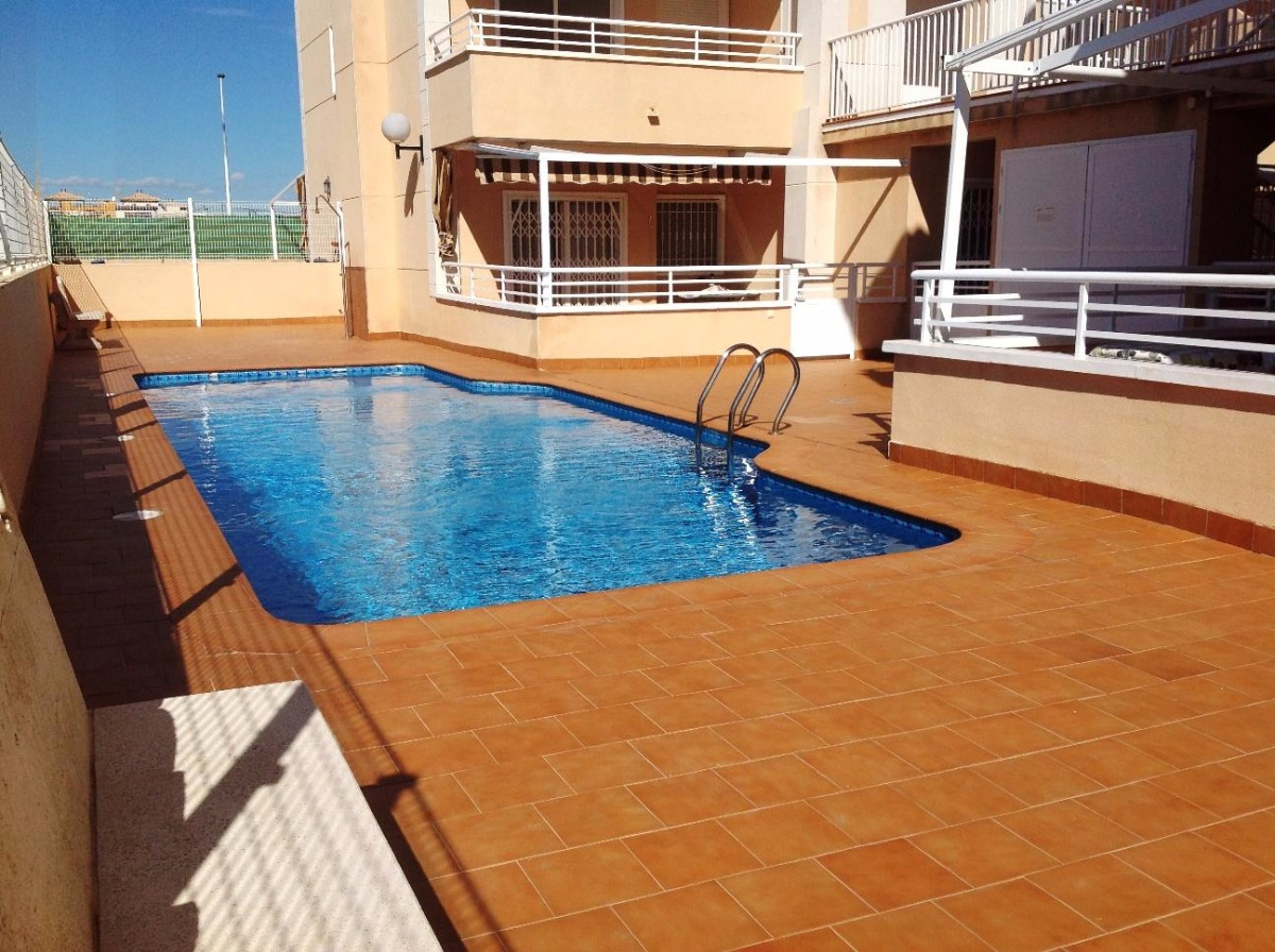 apartamento en elche-pedanias · la-marina 99000€