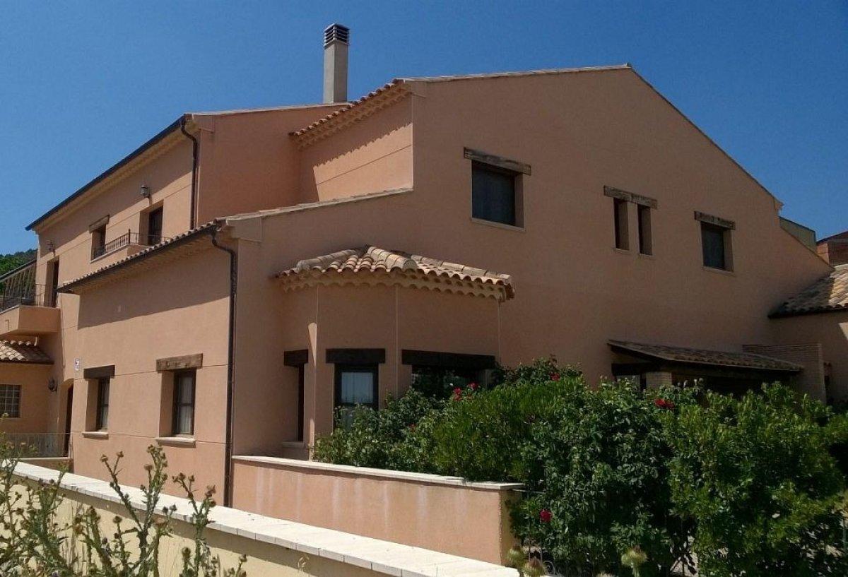 House for sale in Sin Zona, Villora
