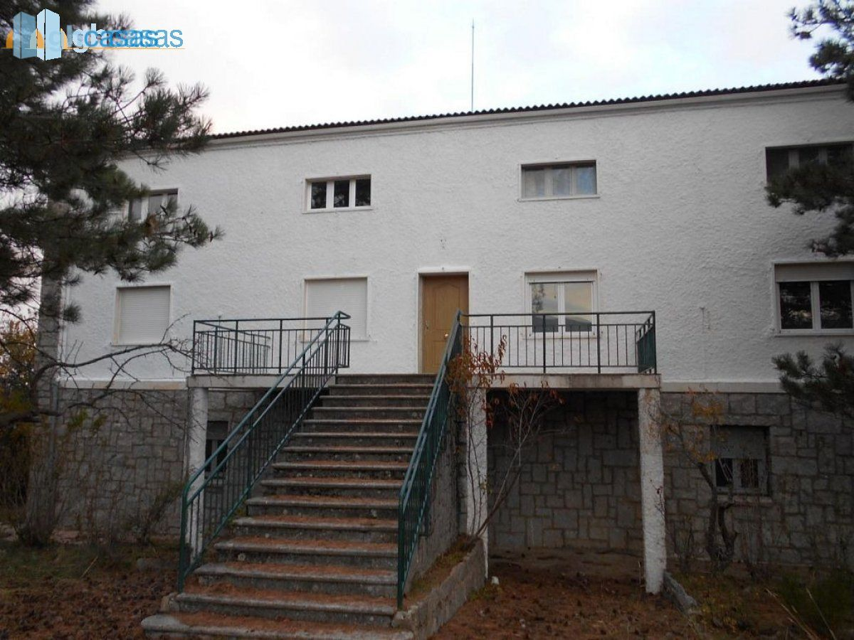 Country House for sale in Becedas, Becedas