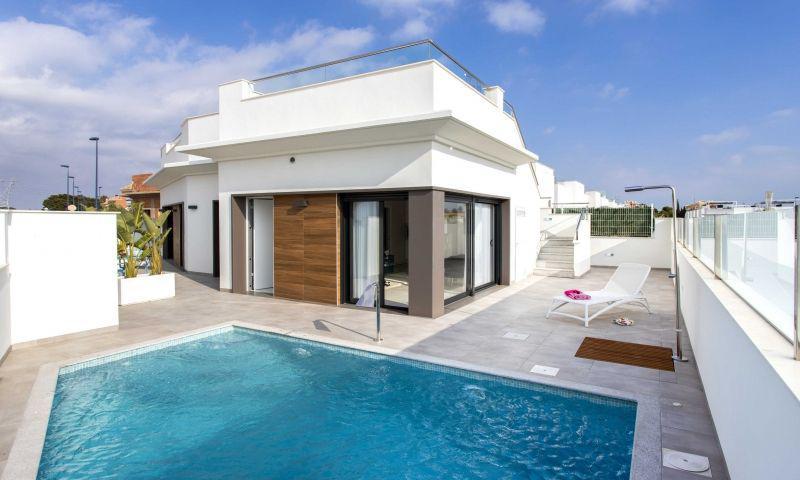 Villa for sale in RODA GOLF, La Roda