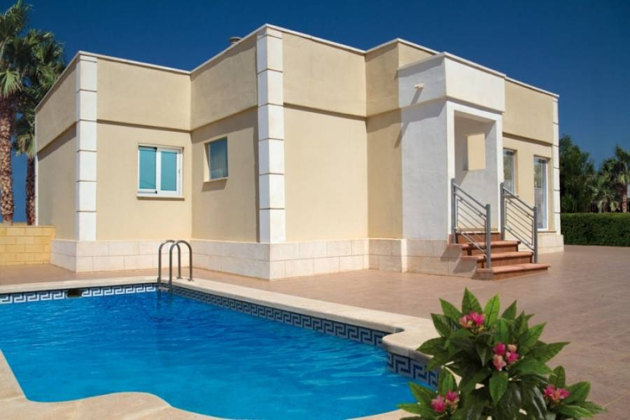 Townhouse for sale in Balsicas, Murcia