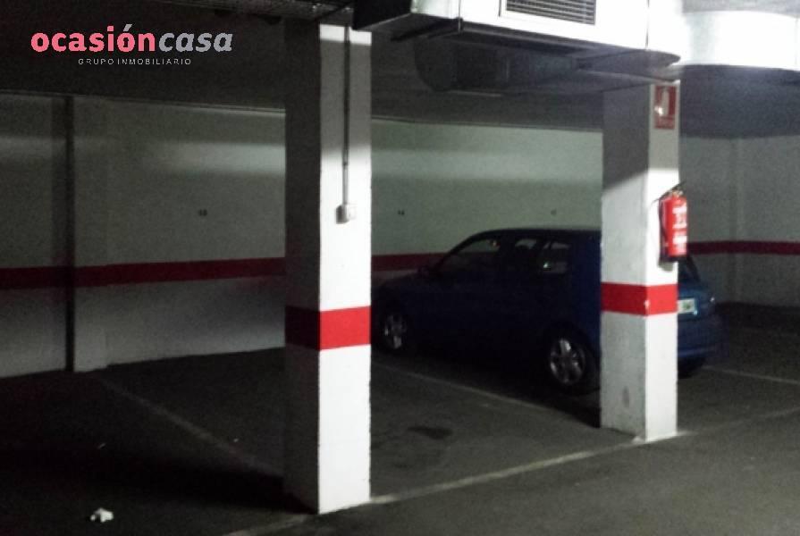 Garaje · Córdoba · Huerta De La Reina 33.000€€