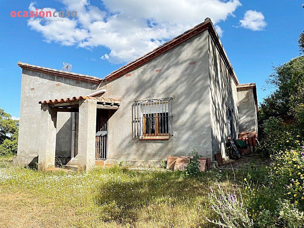 casa-con-terreno en cordoba · trassierra 200000€