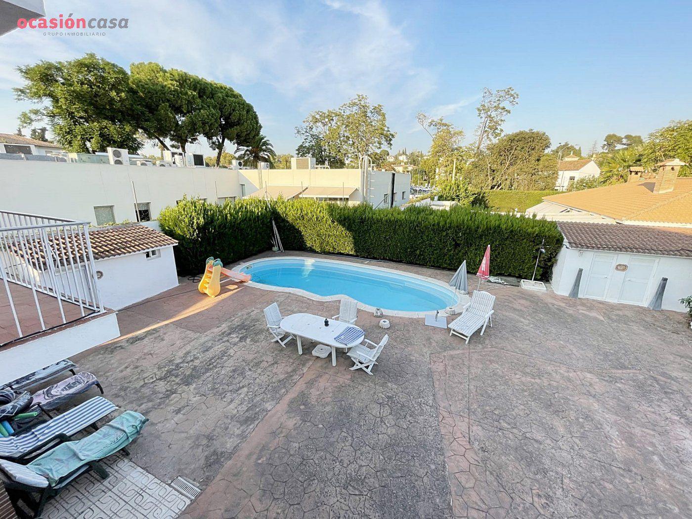 Casa Con Terreno · Córdoba · Brillante 700.000€€