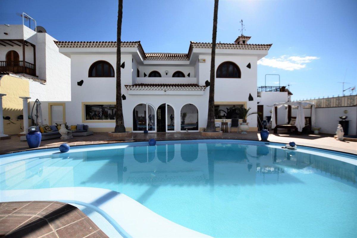 Excepcional chalet con piscina privada en San Fernando-Maspalomas