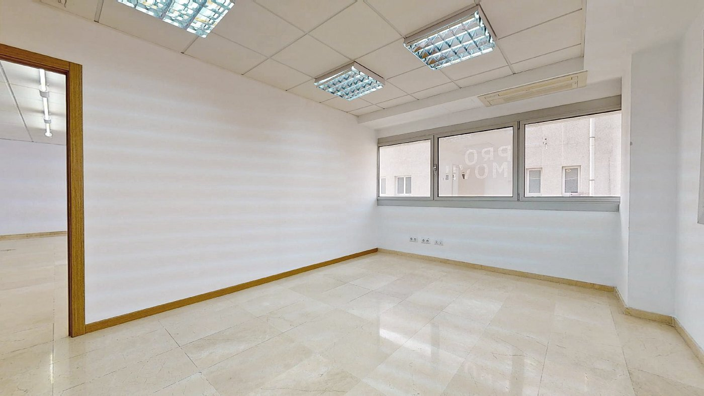 Oficina · Palma De Mallorca · Son Fuster 700€ MES€