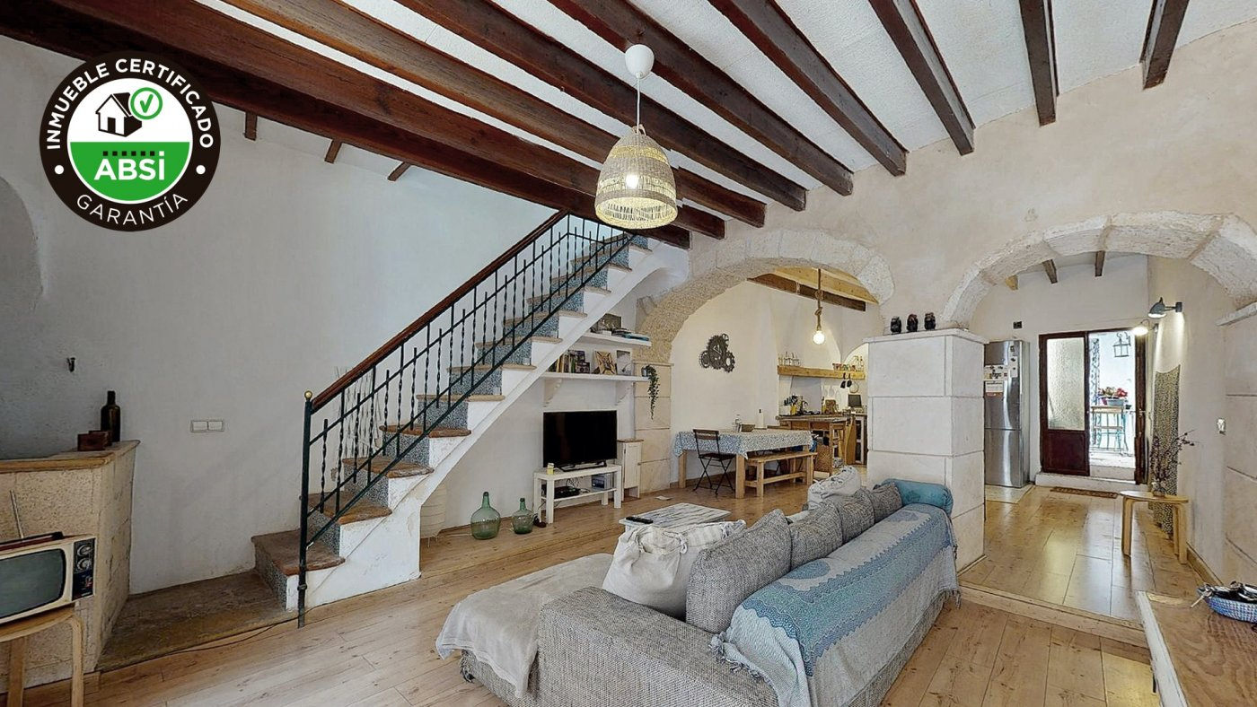 casa-de-pueblo en sencelles · pueblo 250000€