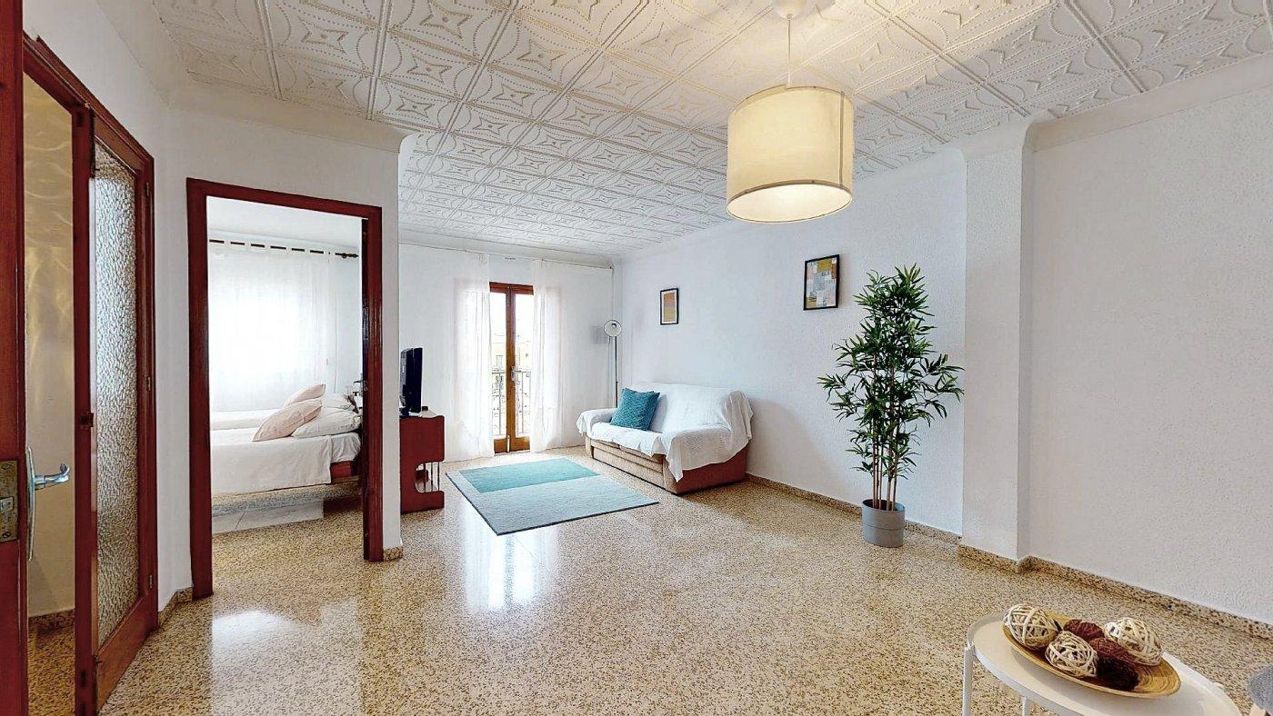 Amplio piso a reformar en palma - imagenInmueble2