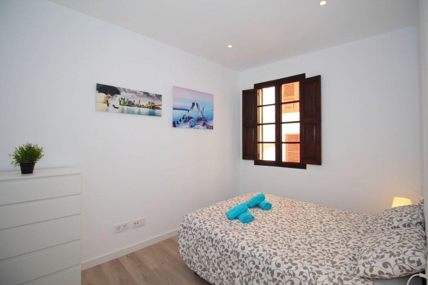 Piso · Palma De Mallorca · Centro 825€ MES€