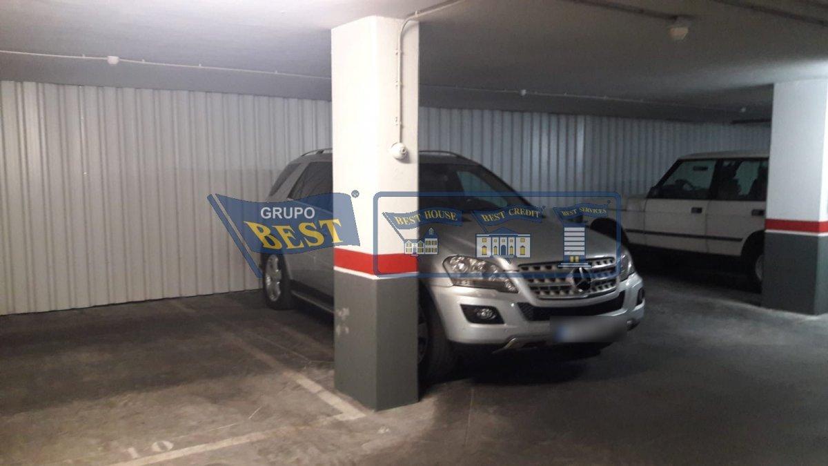 Garaje en venta en Leon
