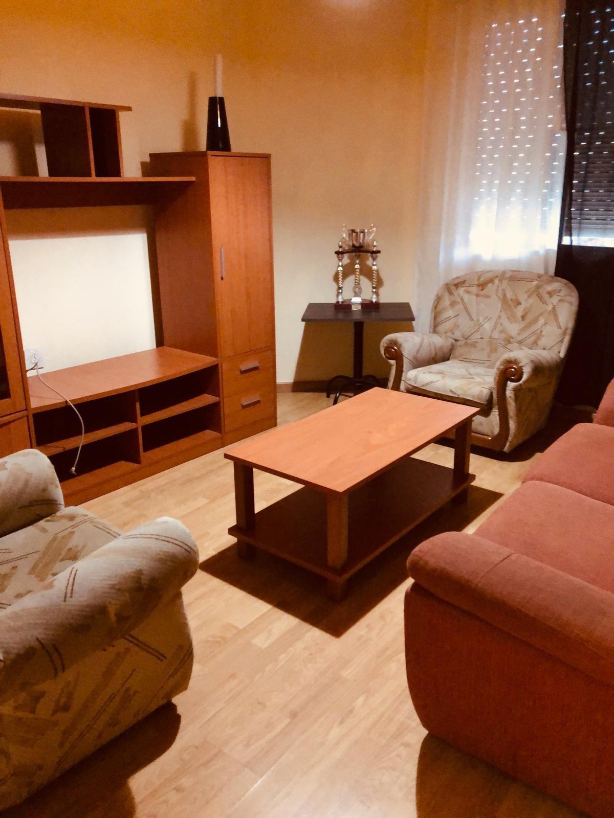 Apartamento en alquiler en Cuatrovientos, Ponferrada