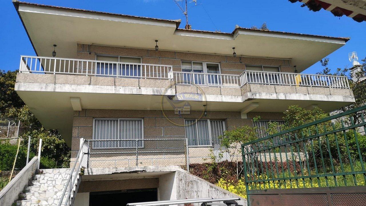 Casa en venta en Candean, Vigo