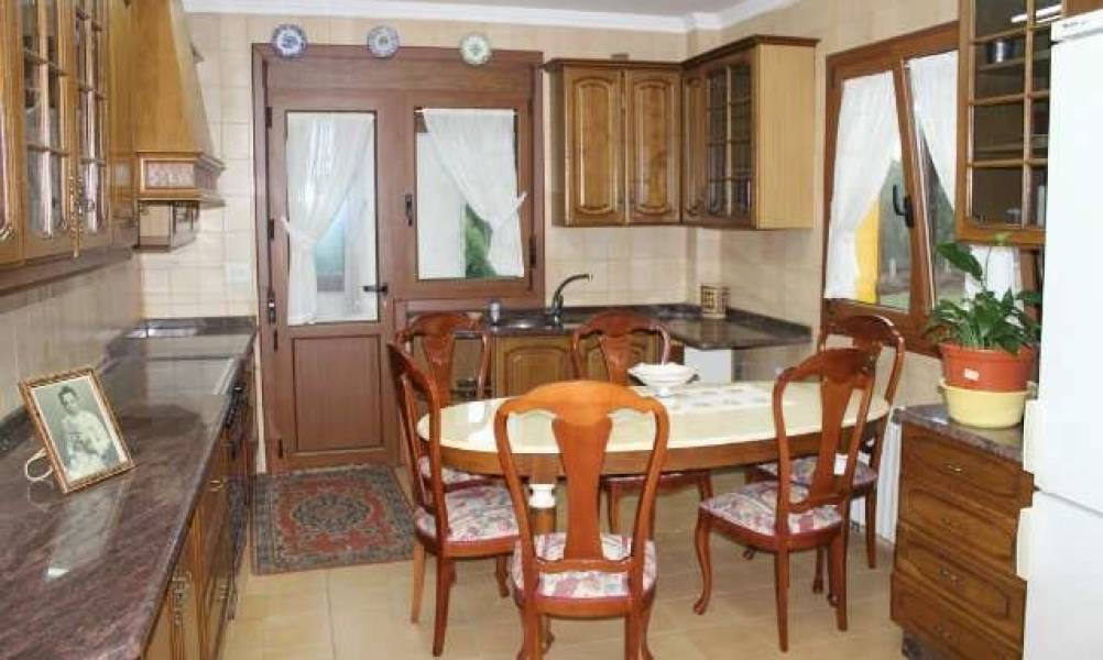 Casa en venta en Teo