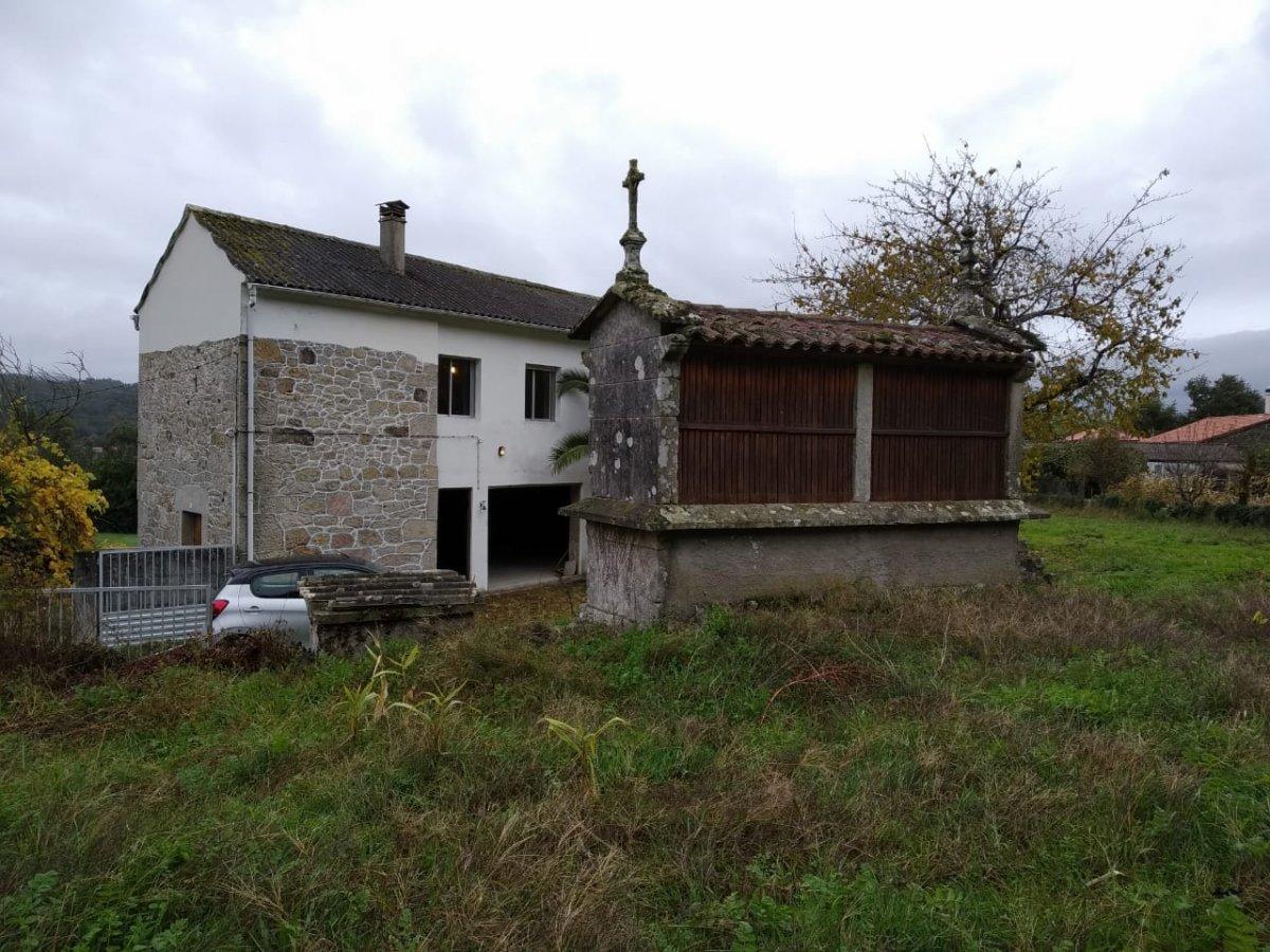 Casa de Pueblo en venta en Silleda