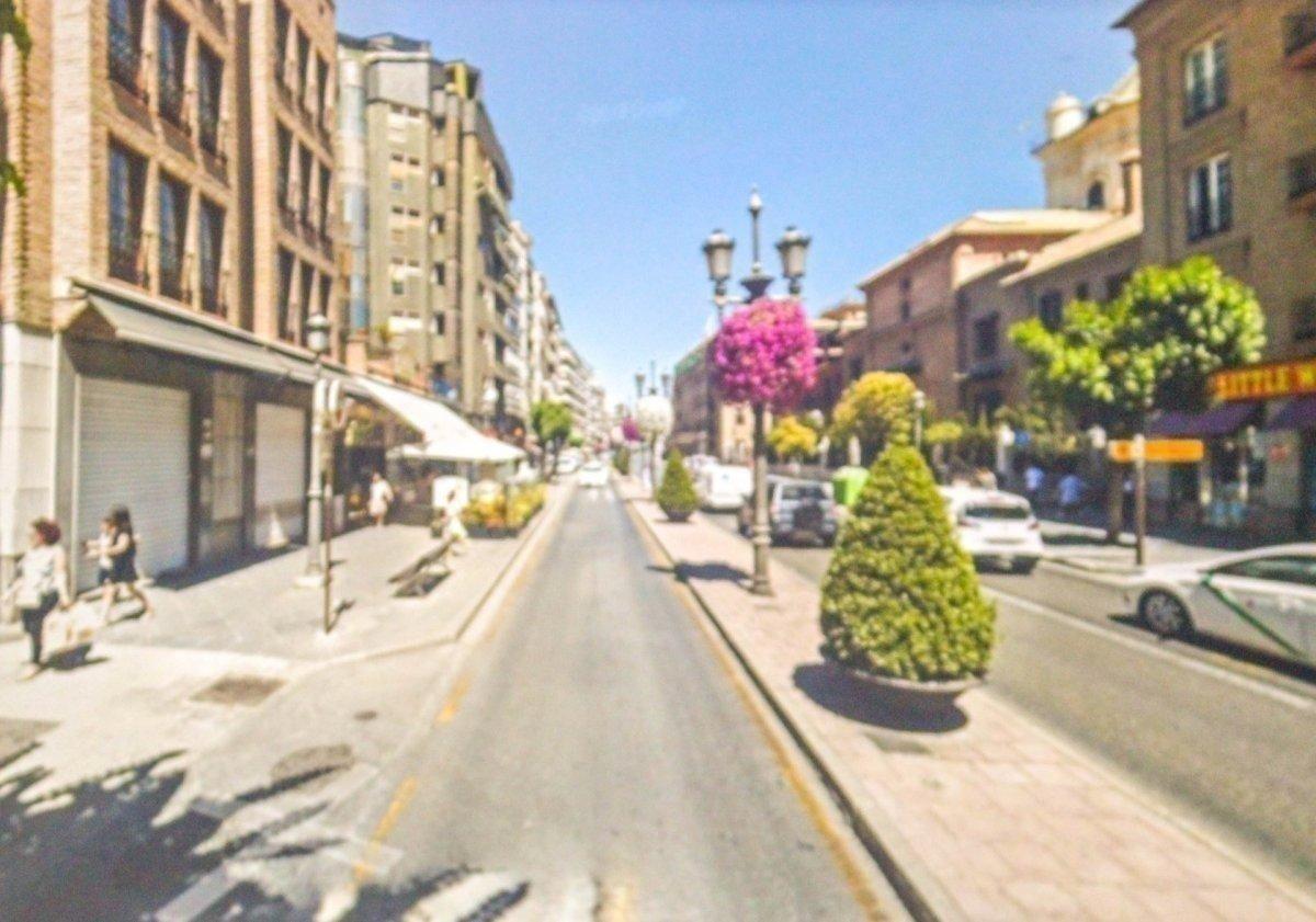 Local comercial en venta en Granada