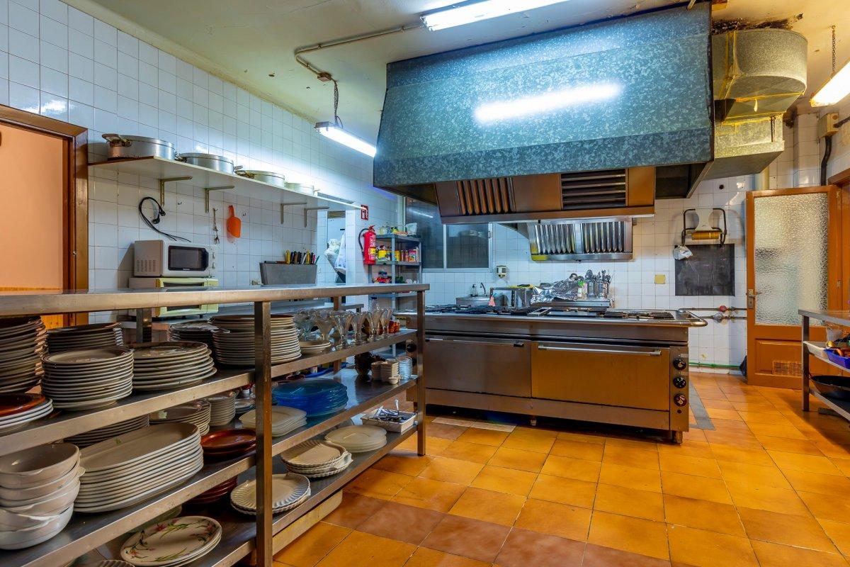 Restaurante con equipamiento y muebles incluido en sa cabaneta, marratxi - imagenInmueble1