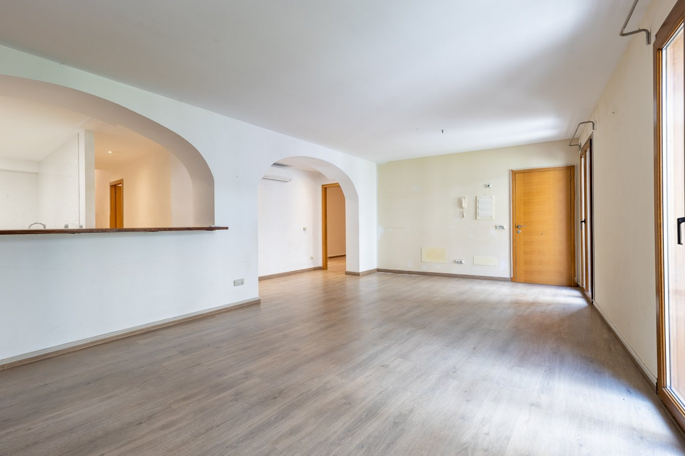 Piso tres habitaciones y amplia terraza en el centro de inca - imagenInmueble5