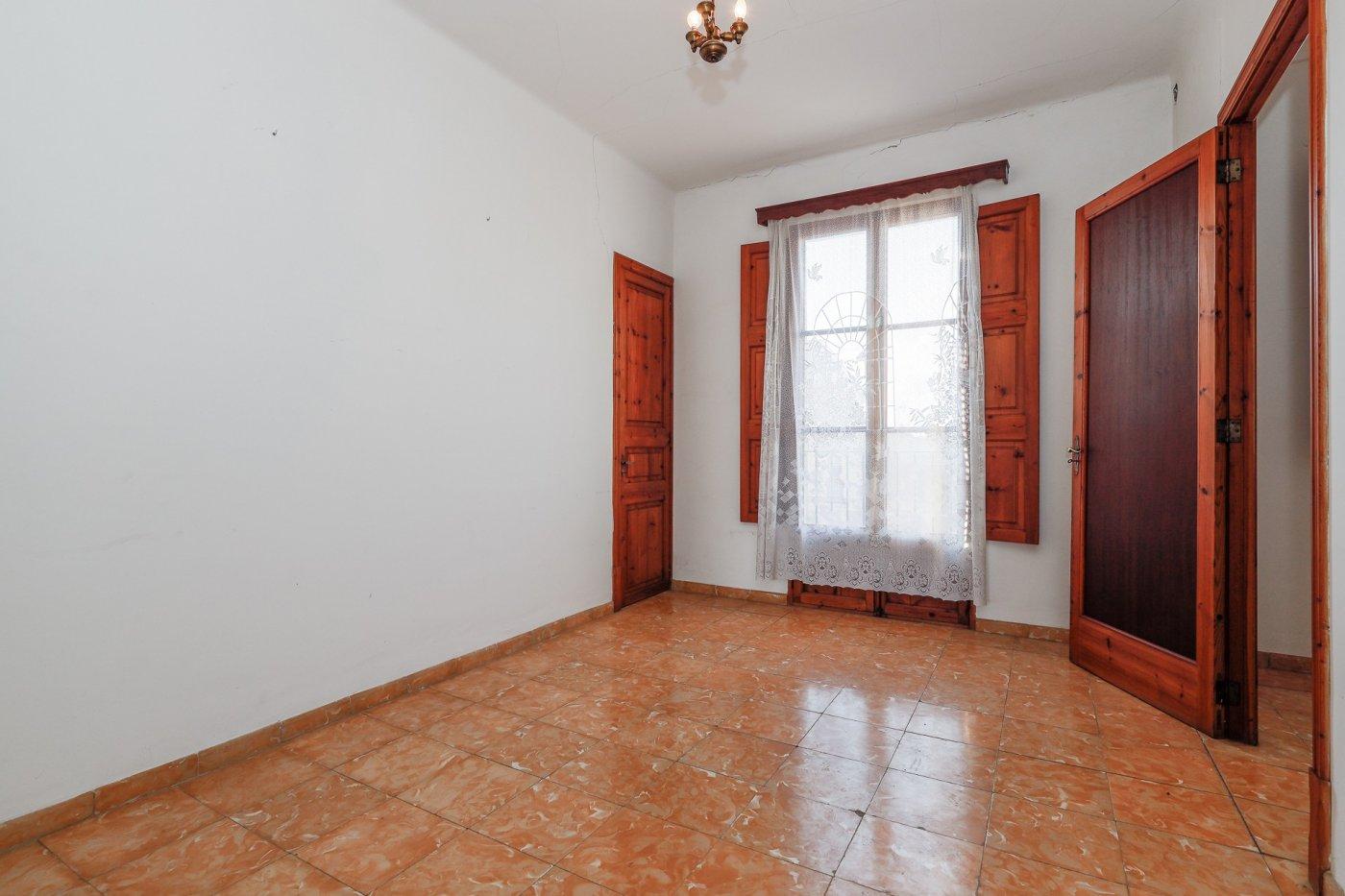 Casa con jardÍn en el centro de llucmajor - imagenInmueble24