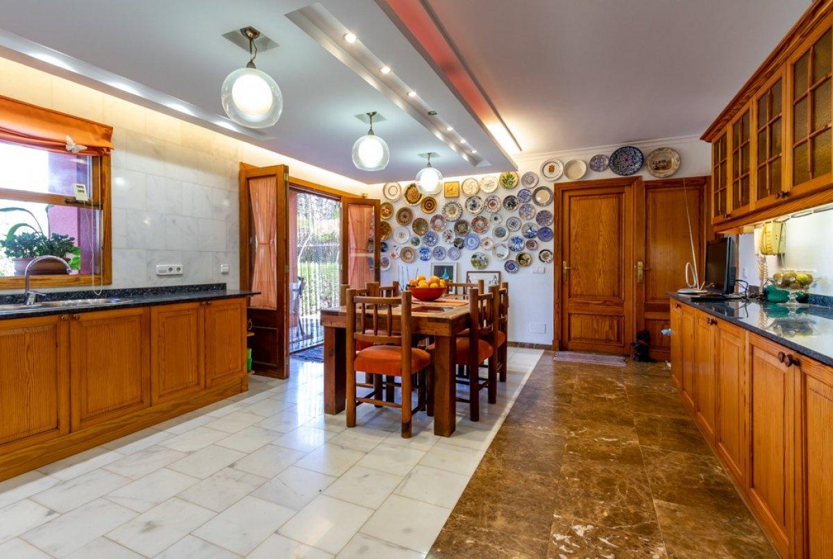 Casa en es garrovers con jardÍn espectacular! - imagenInmueble9