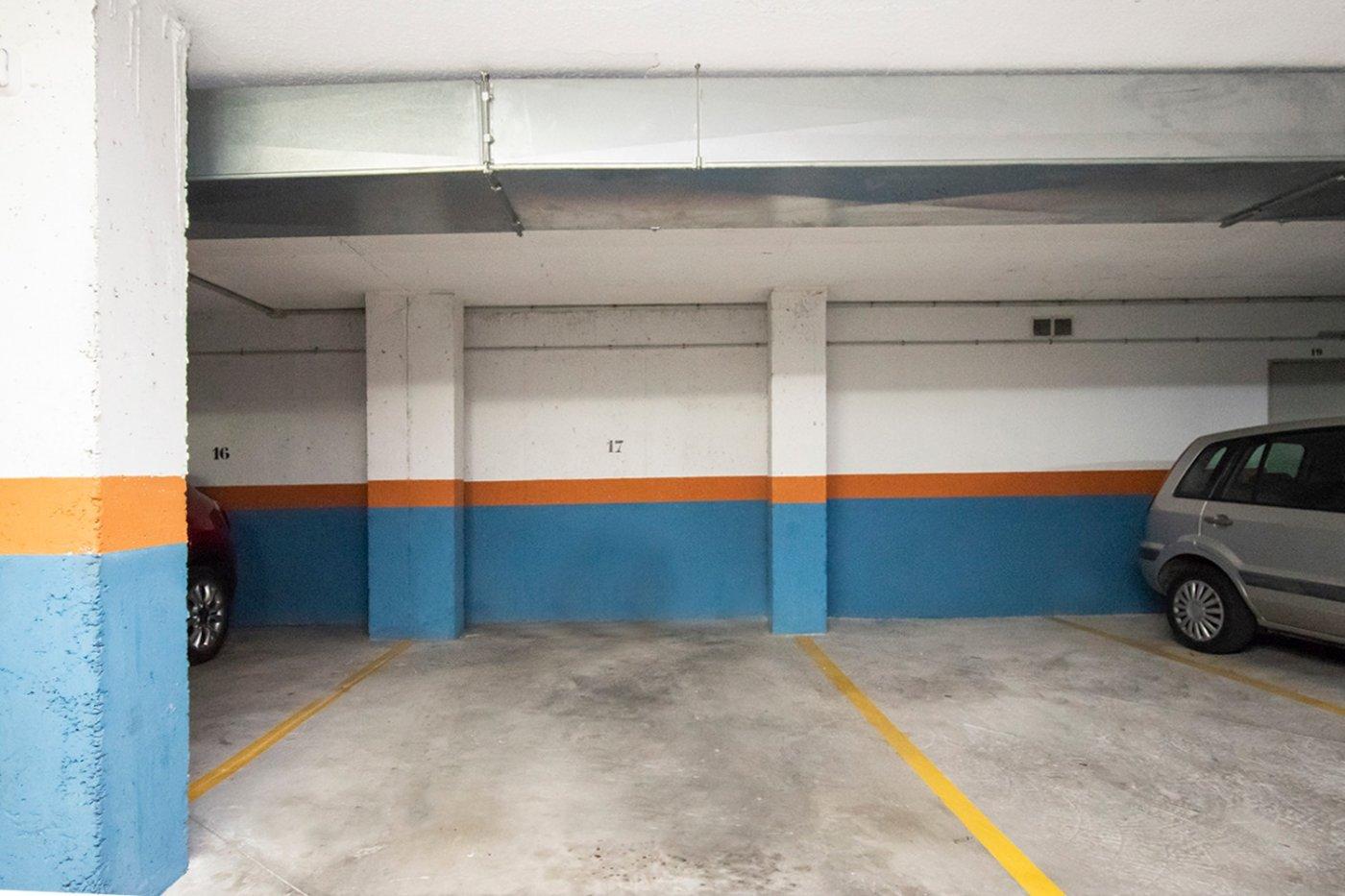 Planta baja de 2 habitaciones, terraza, parking, trastero y zonas comunitarias en son moix - imagenInmueble20