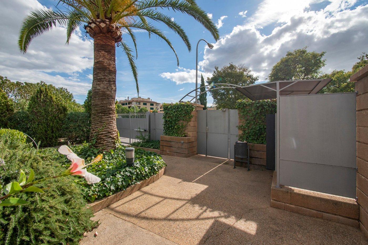Planta baja de 2 habitaciones, terraza, parking, trastero y zonas comunitarias en son moix - imagenInmueble27