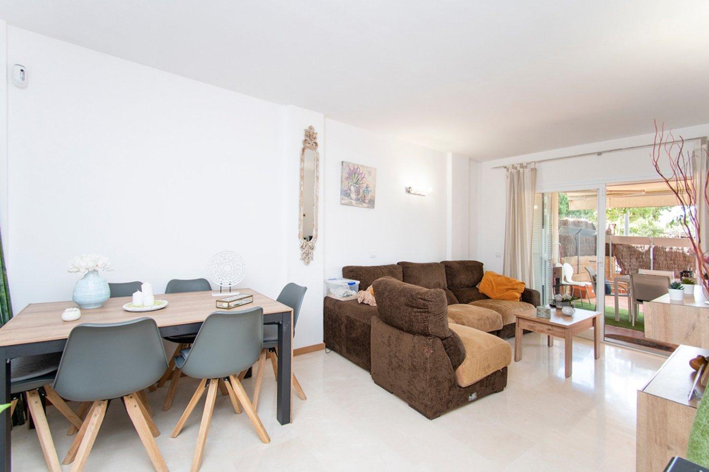 Planta baja de 2 habitaciones, terraza, parking, trastero y zonas comunitarias en son moix - imagenInmueble5