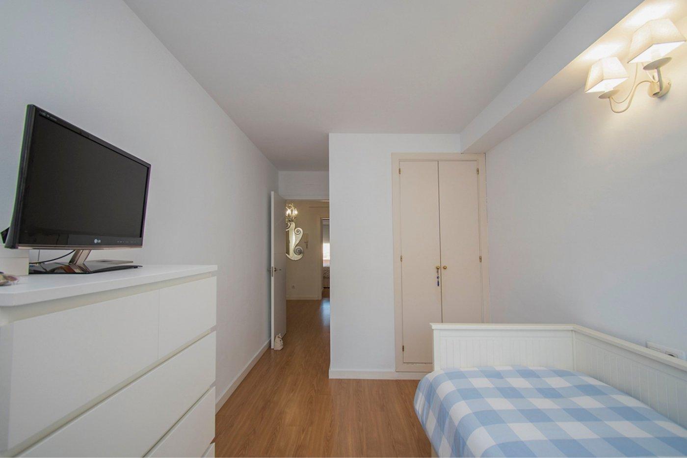 Ático-dÚplex de 3 habitaciones con terraza en planta en pedro garau (parking opcional) - imagenInmueble17