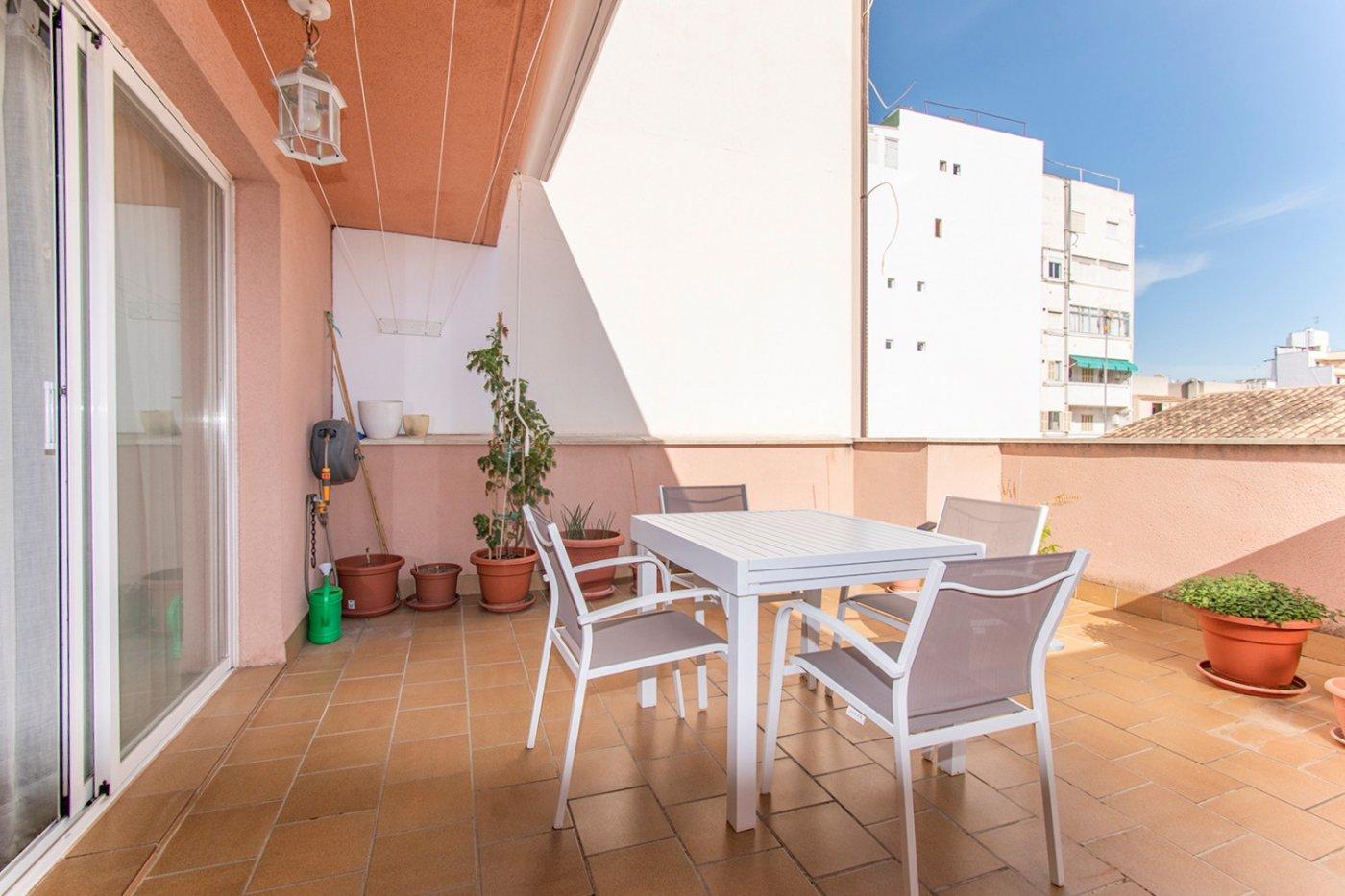 Ático-dÚplex de 3 habitaciones con terraza en planta en pedro garau (parking opcional) - imagenInmueble1