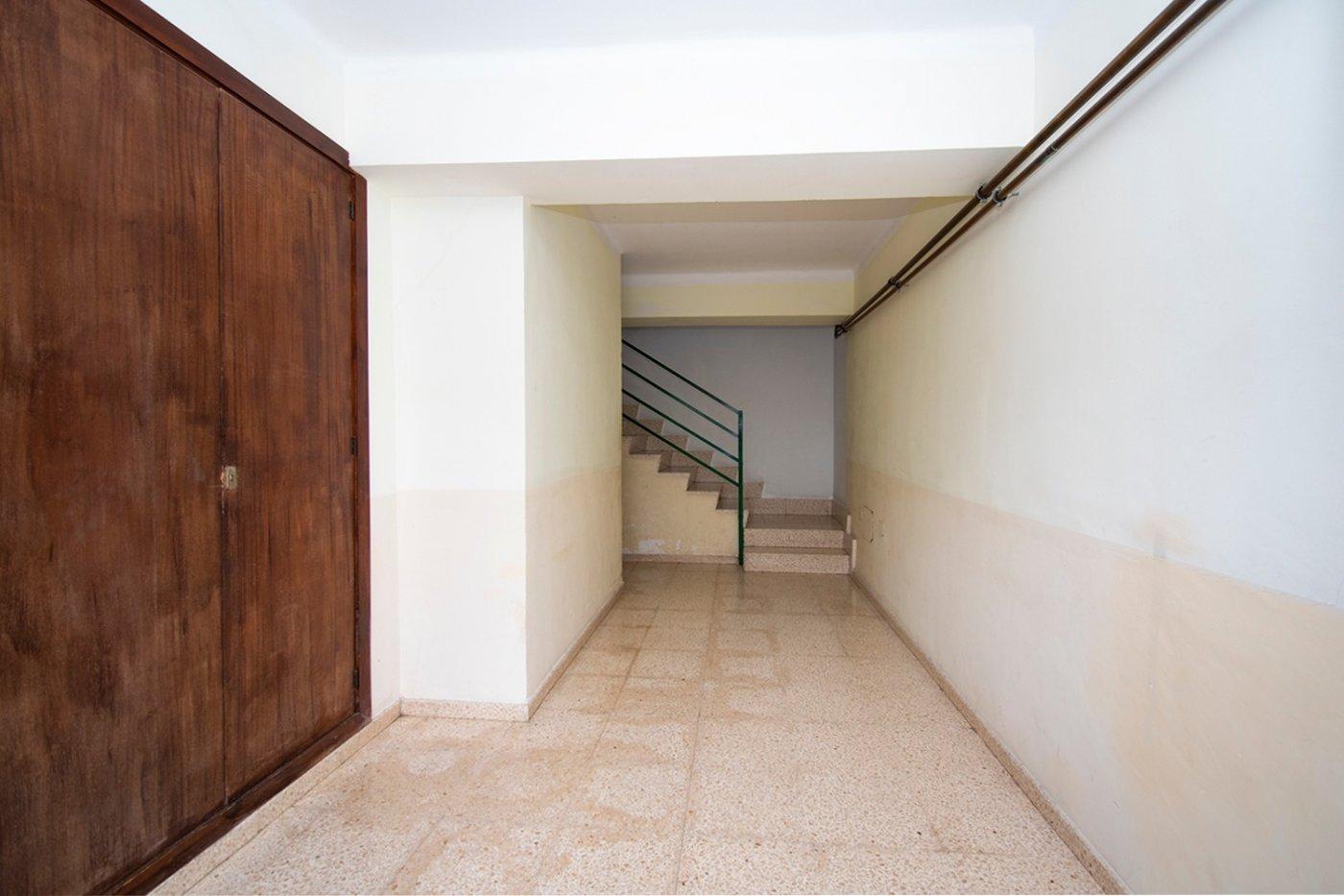 Piso de 3 habitaciones con balcÓn y ascensor en la vileta. - imagenInmueble19