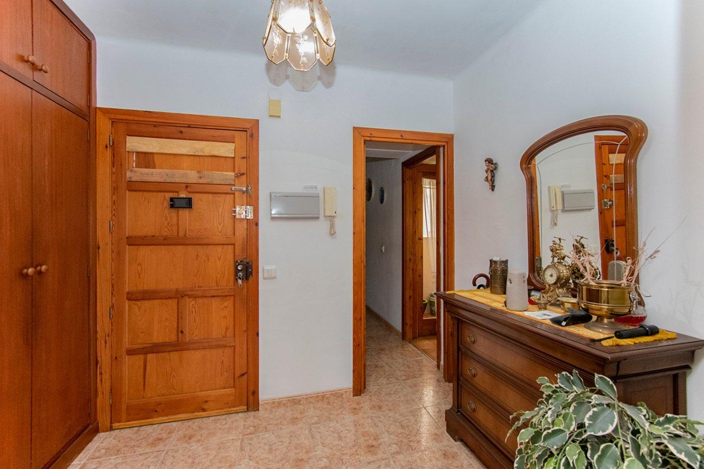 Piso de 3 habitaciones con balcÓn y ascensor en la vileta. - imagenInmueble7