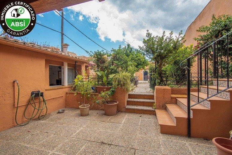 Casa unifamilair con garaje, jardÍn y terraza en la vileta. - imagenInmueble0