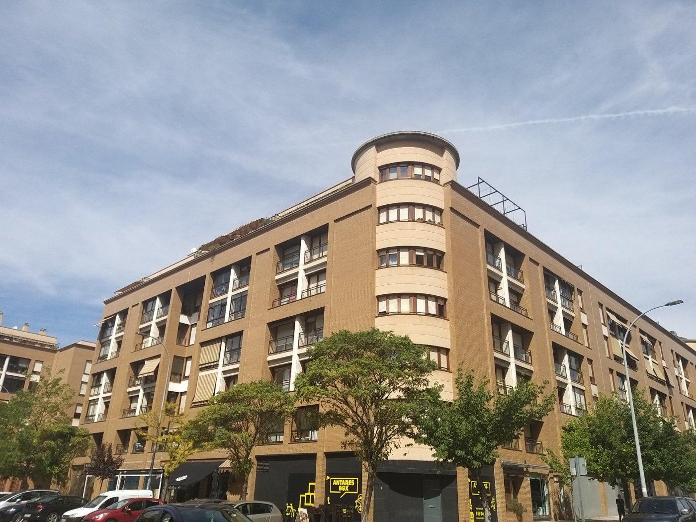 Piso en alquiler en Huerta del rey, Valladolid