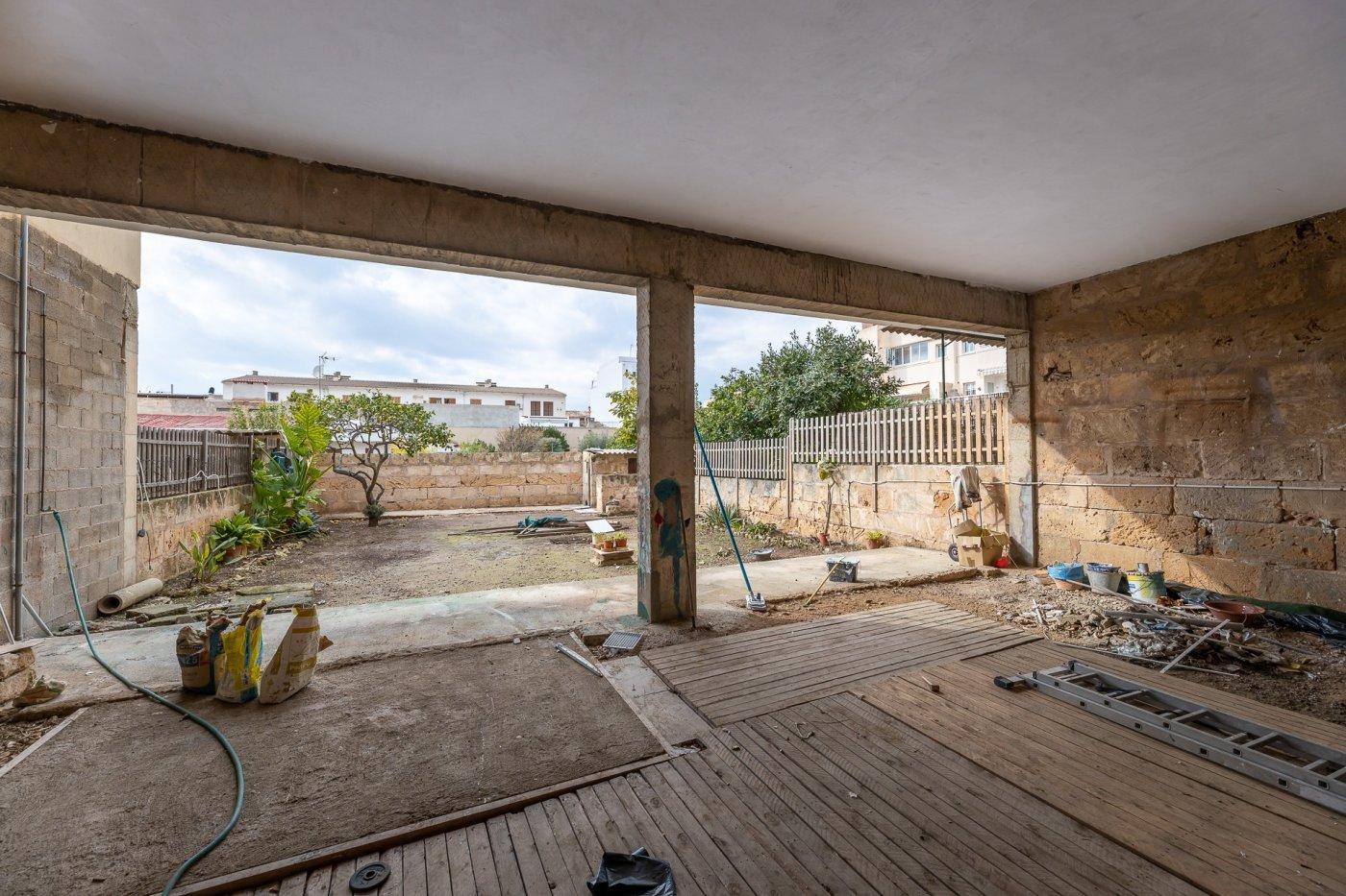 Planta baja y sala adicional de 95 m² con patio de 160 m² - imagenInmueble11
