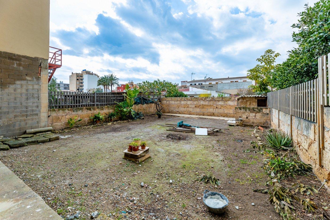 Planta baja y sala adicional de 95 m² con patio de 160 m² - imagenInmueble12