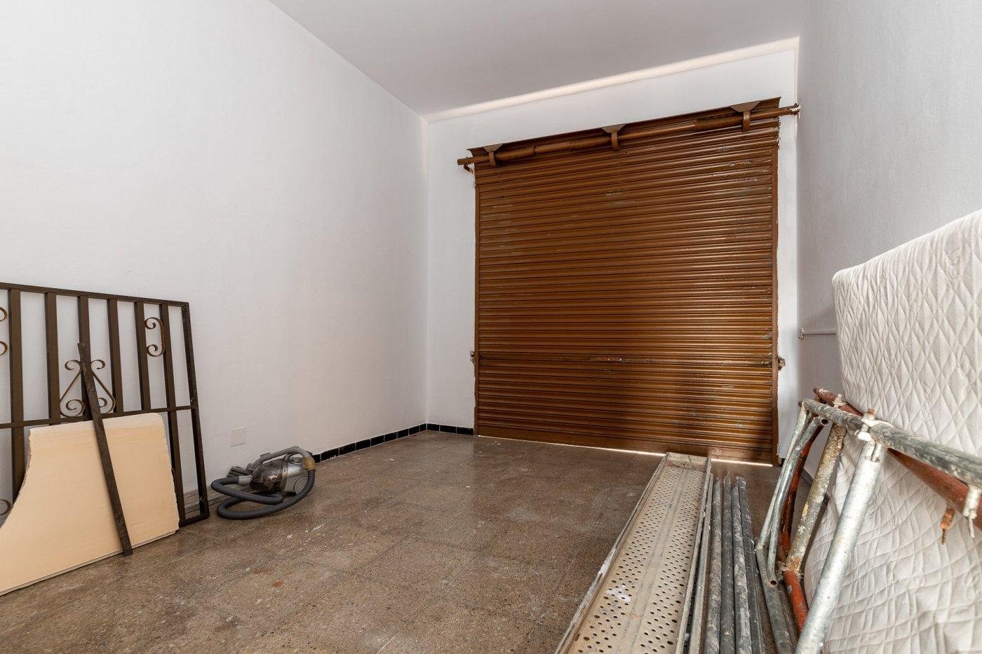 Planta baja y sala adicional de 95 m² con patio de 160 m² - imagenInmueble14