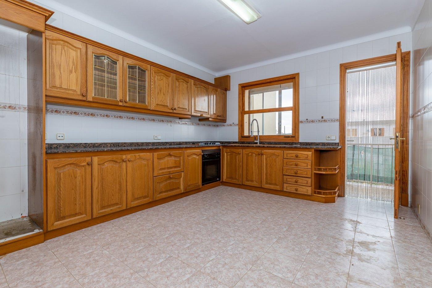 Planta baja y sala adicional de 95 m² con patio de 160 m² - imagenInmueble18